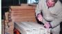 36-nico-van-den-heuvel-maakt-houten-pijpen-2